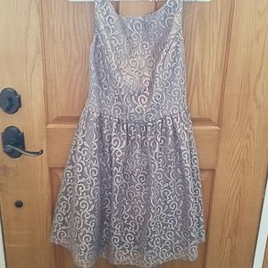 Agita dress size 10 silver with floral swirls cute